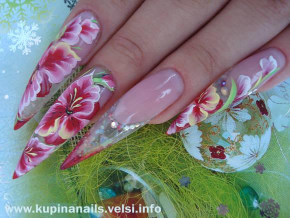 Конечно, такое чудо природы захочет видеть у себя на ногтях любая женщина. На фотографиях показано постепенное развитие такого дизайна.