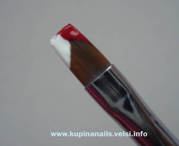 Бутон розы на ногтях. Кисть и краска. Как рисовать на ногтях бутон розы.