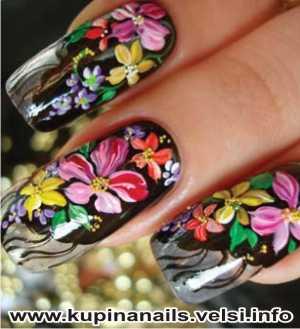 Как рисовать на ногтях цыганские мотивы для нарощенных ногтей, дизайн ногтей, фото пошагового выполнения. 8. В серединки всех цветов добавляем мелкие золотые бульонки.