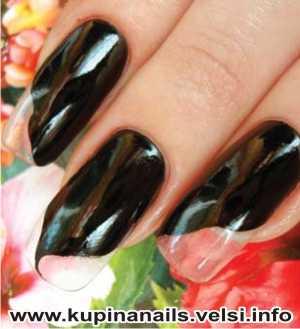 Как рисовать на ногтях цыганские мотивы для нарощенных ногтей, дизайн ногтей, фото пошагового выполнения. 1. На прозрачные ногти наносим черным цветом контуры платка.