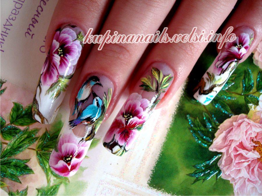 На ногтях цветы китайская роспись